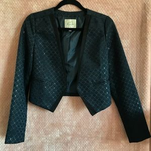 Frenchi Chic blazer!